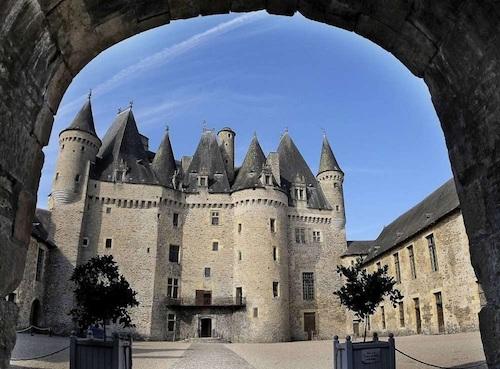 jumilhac chateau